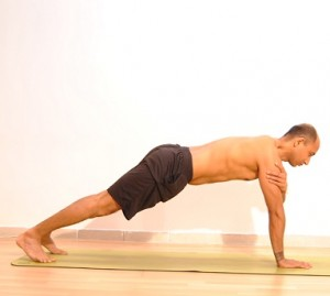One.arm.plank.pose