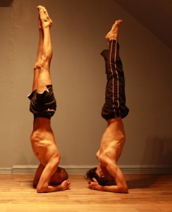 head_stand_double
